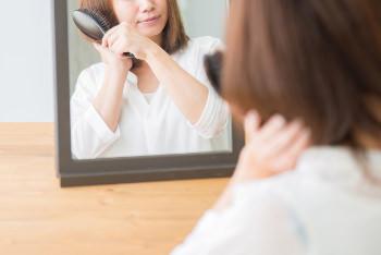 髪がやたらからまる…その原因とは?