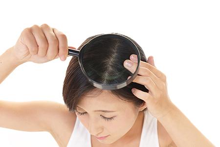 毛根を見ればあなたの髪の健康状態がわかる!今すぐチェック